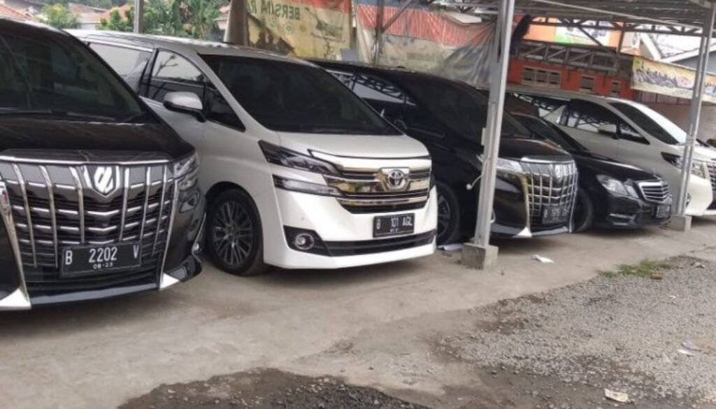 Rental Mobil Mewah Jakarta Timur